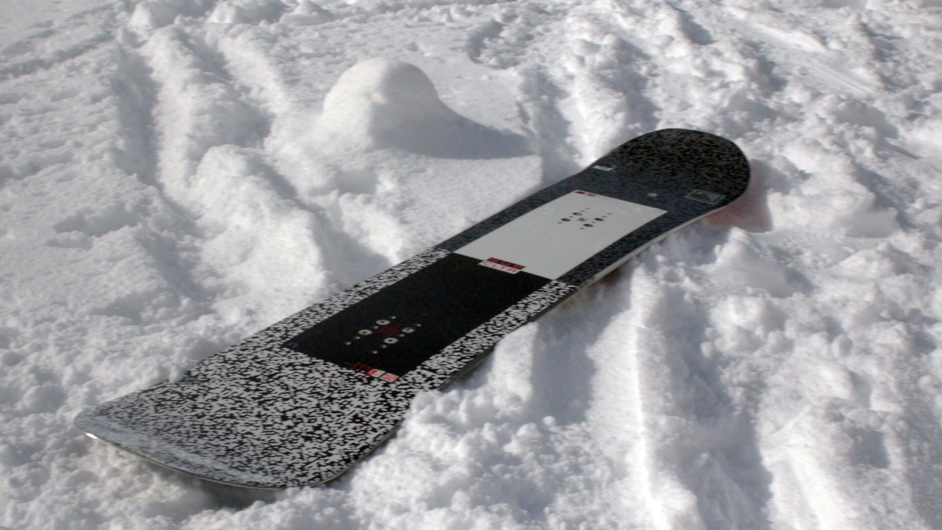EpicTV Video: The K2 Subculture Snowboard Review 2015/2016