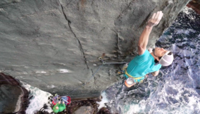 Sonnie Trotter, First free ascent of Ewbank Route on Tasmania's Totem Pole