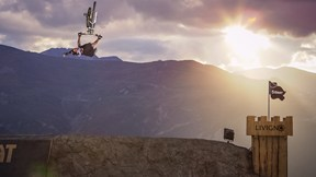 Exclusive Footage | NINE KNIGHTS MTB 2013 - Behind the Scene, Ep. 1