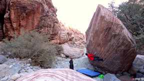 Carlo Traversi Crushes Font 8C and Paul Robinson Ascends 'The Insurgency' V14