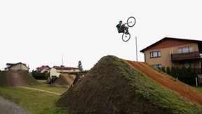 Front Flips, Big Air and BMX Tricks | Dirty Spots with Godziek, Ep. 1