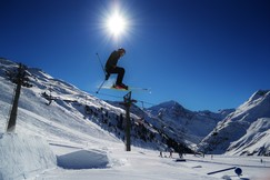 Snow Tricks | Perfect Bluebird Paradise In St Anton