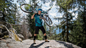 How To Carry Your Bike Easily - Adventure | Trail Doctor