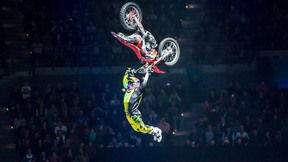 Nitro Circus - Top 10 FMX Crashes Clips