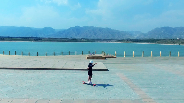 Weekend Outing With A Longboard | Dancing On The Move