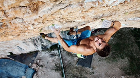 Edu Marín Makes His Climbing Comeback On Analógica Natural 8c+/9a | EpicTV Choice Cuts