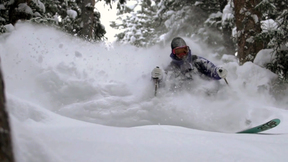Le Bent - Co-Founder Simon Dawes Blondel scores deep pow at Telluride.